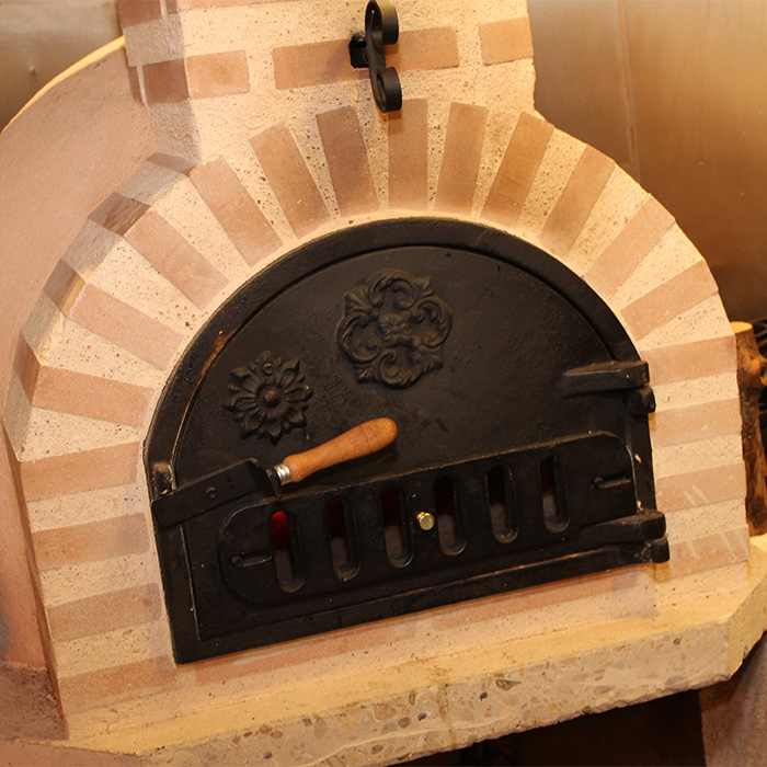 Fuego Clasico 80 – Outdoor Clay Pizza Oven