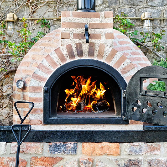 Fuego Brick 80 – Garden Wood Fired Pizza Oven