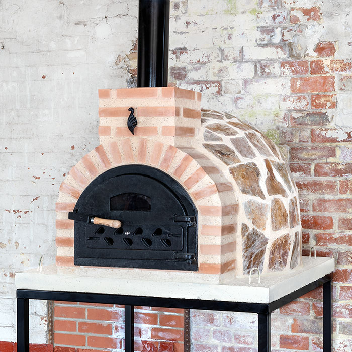 Fuego Stone 80 – Outdoor Wood Fired Oven