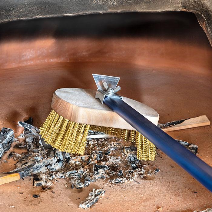 Gi Metal Azzurra Round Rotating Pizza Oven Brush 120cm